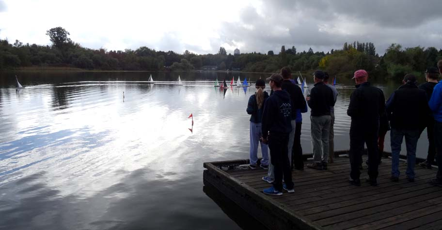 model sailboat competition