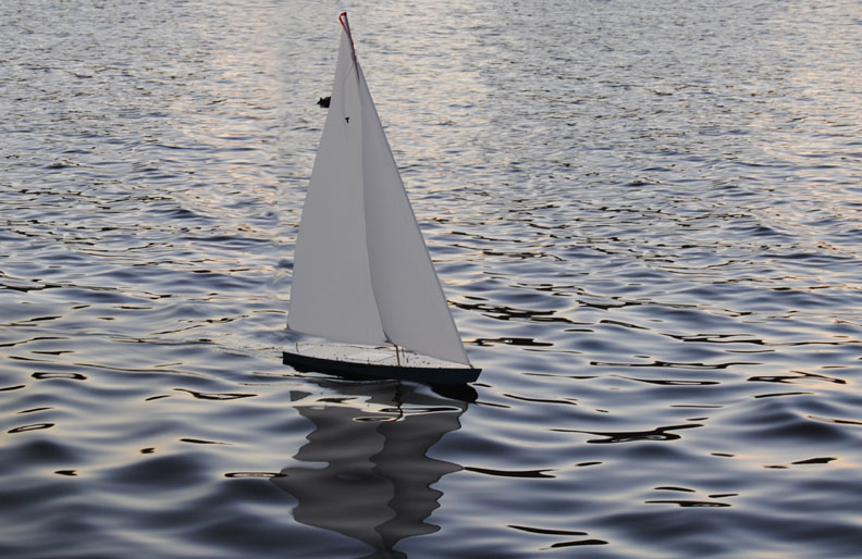 model sailboat remote controlled sailboat