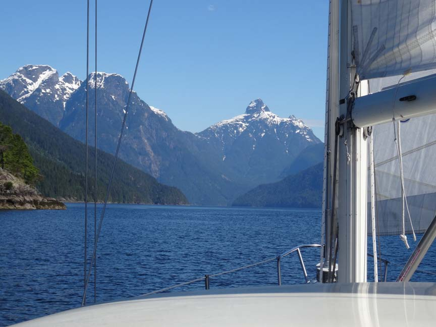 sailboat cruise Jervis Inlet