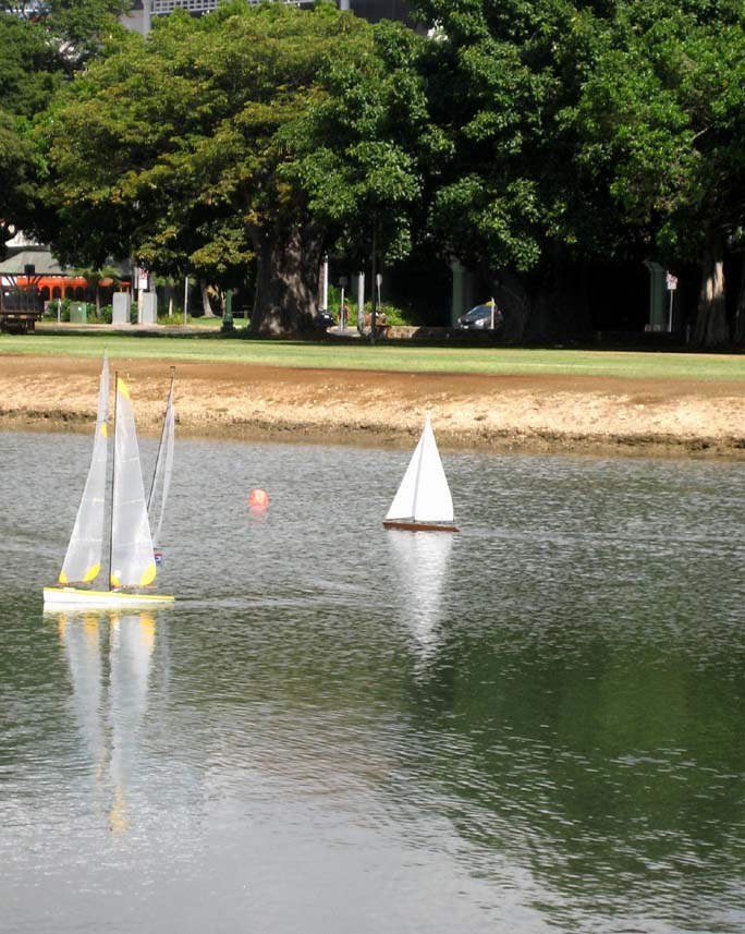 rc remote controlled sailboat